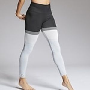 Athleta Striped Seamless 7/8 Tights